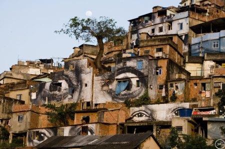 Favela photos via JR / www.woostercollective.com