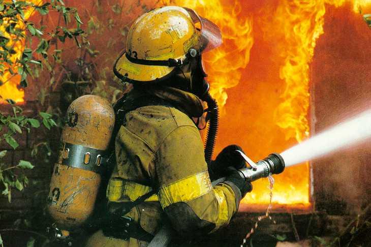 الاسرة وفترة الامتحانات fireman.jpg